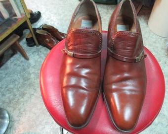Scarpe da uomo marroni.  1970.Made in England/ Men's caramel brown shoes/Made in England/1970s/ Preppy people