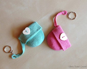 Keychains with little pochette, made in crochet in pure cotton.