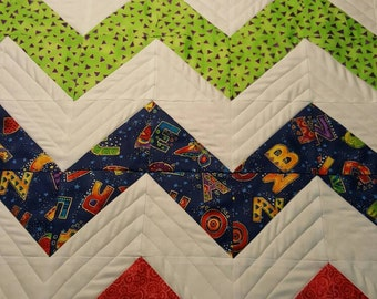 ZigZag bright baby Quilt -  Ready to Ship