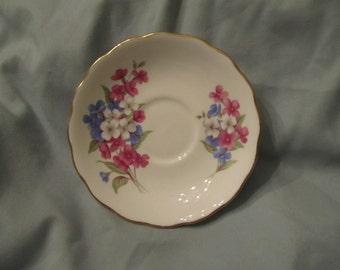 Royal Vale bone china saucer made in England