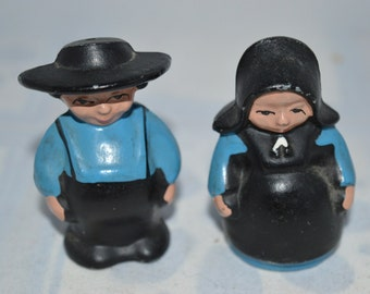 Amish / Quaker / salt and pepper / shakers / metal / Amish shakers / Amish salt and pepper / Quaker shakers / Quaker salt pepper / seasoning