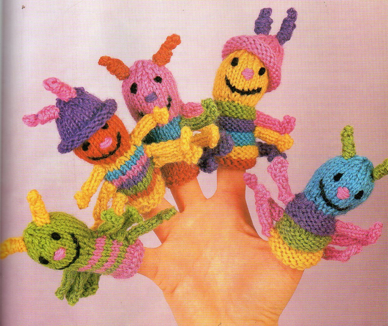 12 Knitted Finger Puppet Patterns - The Funky Stitch
