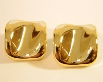 Shiny Square Curved Gold Tone Pierced Earrings