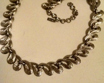 Vintage Monet Necklace, Signed Monet,Accessories,Monet,Excellent MInt Condition,Signature Monet, Beauty Monet, Silver Toned Chain Link Monet