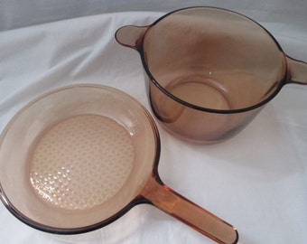 """Vintage Corning France, Visions Cookware, 2 piece set in Amber, 3.5 liter Stockpot, 9"""" Skillet made in France. 1980's"""