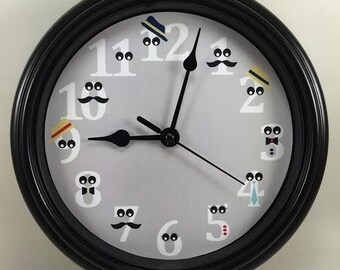 Custom NUMBERS With GOOGLEY Eyes Wall Clock