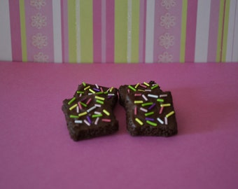 Brownie frosted with sprinkles for 18 inch dolls such as American Girl food, Our Generation food