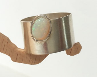 Wide silver band ring - Wide silver band - Wide silver ring with opal - Hammered wide ring - Gift under 40 - Perfect gift for her