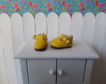 Yellow shoe for BLYTHE/Pullip/Pure Neemo