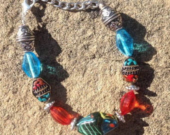 Southwestern glass and metal beaded bracelet