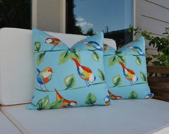 Outdoor pillow cover , Blue pillow cover , Bird print indoor / outdoor pillow cover : Modern Home Decor