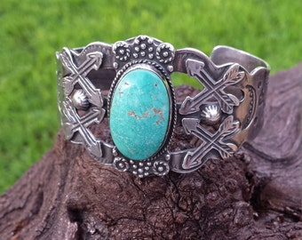 Native American sterling silver turquoise cuff