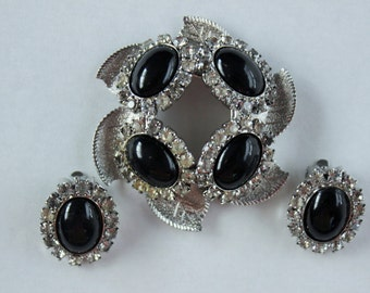 Vintage Set Rockabilly Pinup Pendant and Earrings with Rhinestones and Black Cabachons