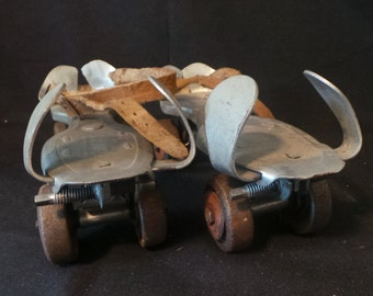 Vintage Flying Ace Adjustable Metal Roller Skates Collectable Rustic Americana