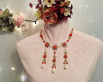 Briar Rose Necklace
