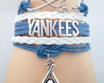 Yankees bracelet - RUSH orders available! Perfect baseball fan gift!