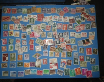 Collectible postrage stamps - world stamps - 150+ starter set