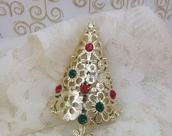 Tancer II Vintage Christmas Tree brooch