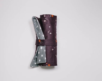 Rolling Travel Changing Pad - Maroon With Stars