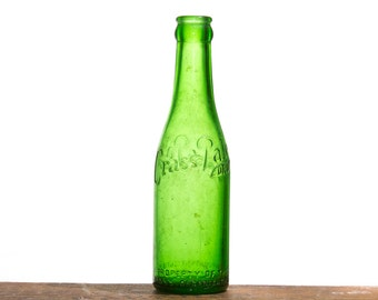 Antique Emerald Bottle, Crass Pale Dry Soda Bottle, Green Bottle, CRASS Soda VA Richmond Virginia Collectible Collectibles Old Bottle