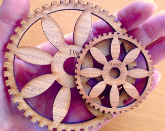 No frills Circle Weaving Looms ( frames Only - 2 sizes )