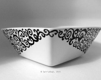 Swirly Square Bowl, Dish