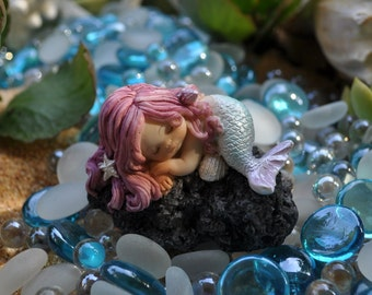 Sleeping Baby Mermaid on Rock+Little Mermaid+Fairy Garden Supplies+Fairy Garden Accessories+Mermaid Figurine+Mermaid Statue+Mermaid