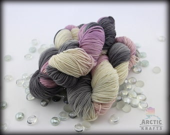 Haunted heart Iris,Hand dyed worsted weight yarn 220 yards