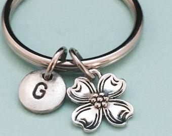 Flower keychain, flower charm, flower personalized keychain, intial keychain, intial charm, customized keychain, monogram