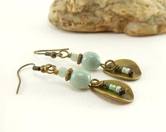 Ethnic earrings, sequin drop bronze, pastel green ceramic Pearl, mist of Earth