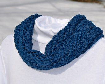 Teal cotton cowl