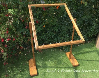 Adjustable Wooden Stand For Frame to make pom pom blankets