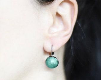 Cute earrings Small dangles Green earrings Minimalist jewelry Delicate jewelry Drop earring green Dangle earring Casual earring Contemporary