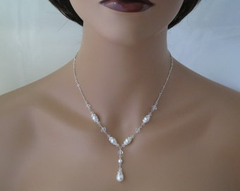 Classic Y wedding necklace, Swarovski crystal and pearl bridal necklace, Simple teardrop pearl necklace