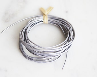 T9-275-MLL] Metallic Lilac / 1mm / Leather / Jewelry String Cord / 3 meter(s)