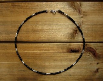 Black and Silver Beaded Choker Necklace / Sterling Silver / Black Choker // Beaded Choker // Seed Beads // Handmade Choker / Beaded Necklace