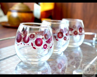 Vintage RETRO Cognac Snifter Glasses – Roly Poly With Red Flower Motif – 1950s - TCC0016