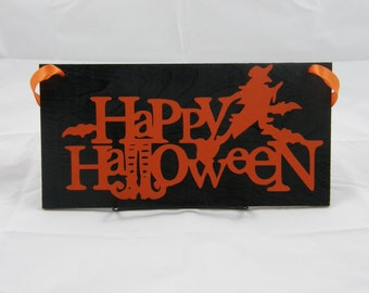 "Halloween Wood Sign Door Hanger Wall Hanger ""Happy Halloween"" With Witch"