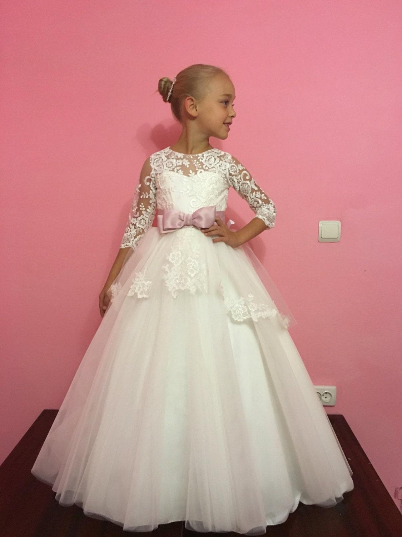 Gorgeous Bridesmaid Dresses for Christmas Wedding Photos Decors ...