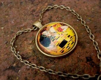 """Pendant based on """"The Kiss"""" by Gustav Klimt"""