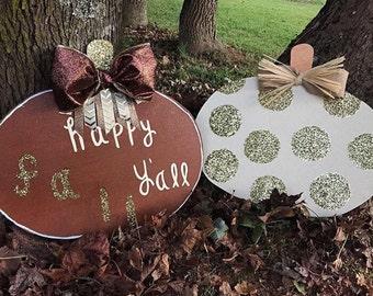 Happy fall yall sign door hanger // fall door hanger