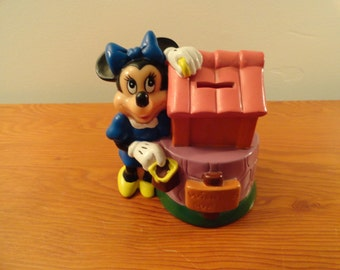 Vintage Minnie Mouse Wishing Well Bank