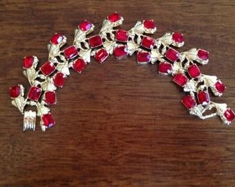 Vintage Red Rhinestone and Gold Linked Bracelet 0383
