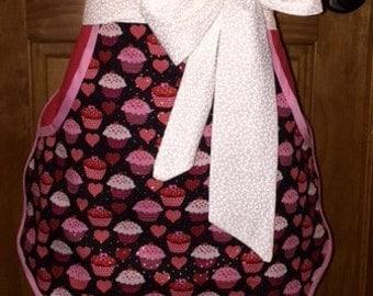 Cupcakes and Hearts retro vintage rockabilly half apron