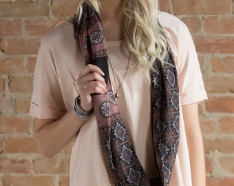 Cecilia Infinity Scarf in Plum