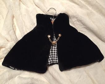 Black Faux Fur Cape w/ Chain Closure