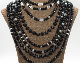 Multi-row in black agate, silver and Austrian Crystal Necklace massif