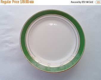 ON SALE Vintage dinner plates of 4 Set Ceramic Soviet plates Retro kitchen Decor Russian vintage Antique plates White with green plates Made