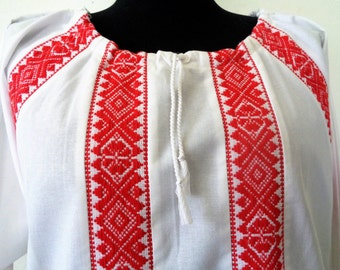 Hungarian Embroidered Blouse, Embroidered Peasant Top, Red White Embroidery, Hungarian Embroidery, Red White Cotton Blouse, Size L/XL