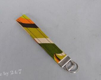 Key Chain / Key Fob - Wristlet - Retro fabric